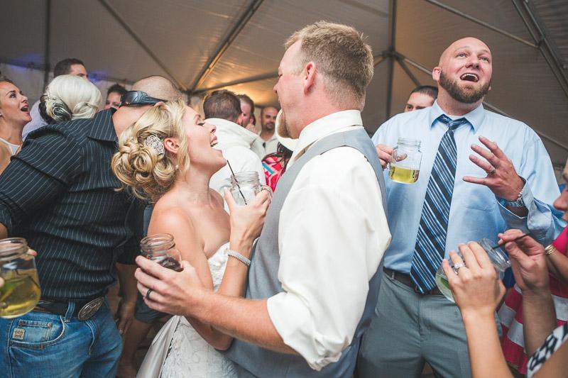 Cuchara Wedding Photographer dancing