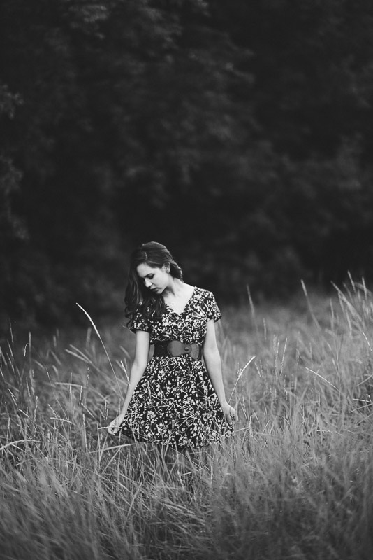 Denver high school senior photos black and white grassy field