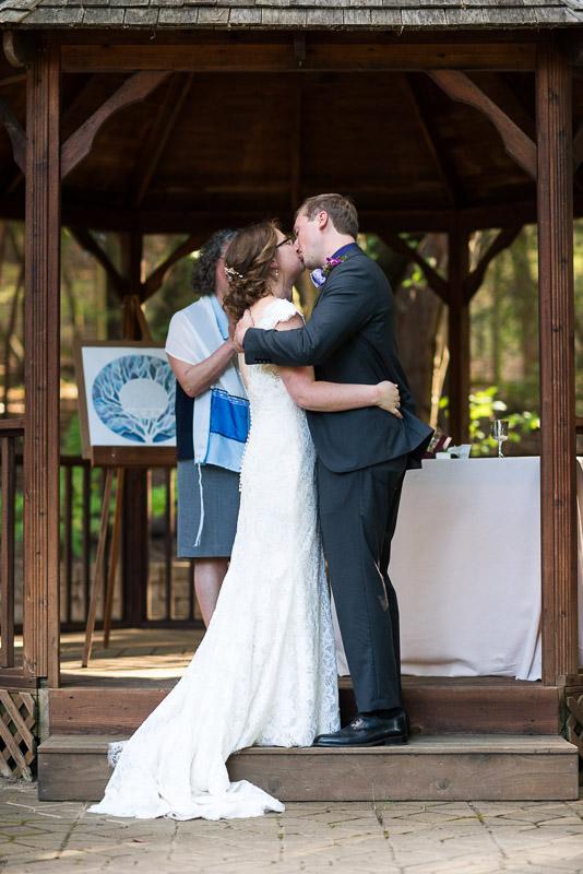 San Francisco Wedding Photography Villa Chanticleer kiss