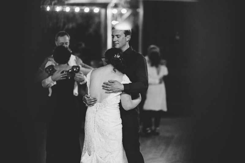 San Francisco Wedding Photography Villa Chanticleer dancing