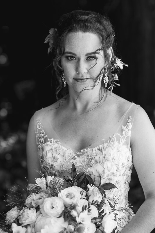 deer park villa wedding photography black and white bride portriat