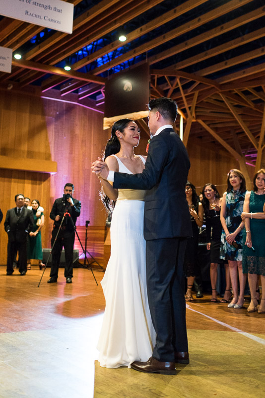 san francisco curiodyssey wedding bride groom dance