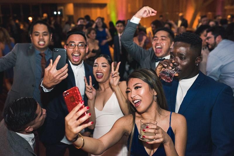 san francisco curiodyssey wedding selfie