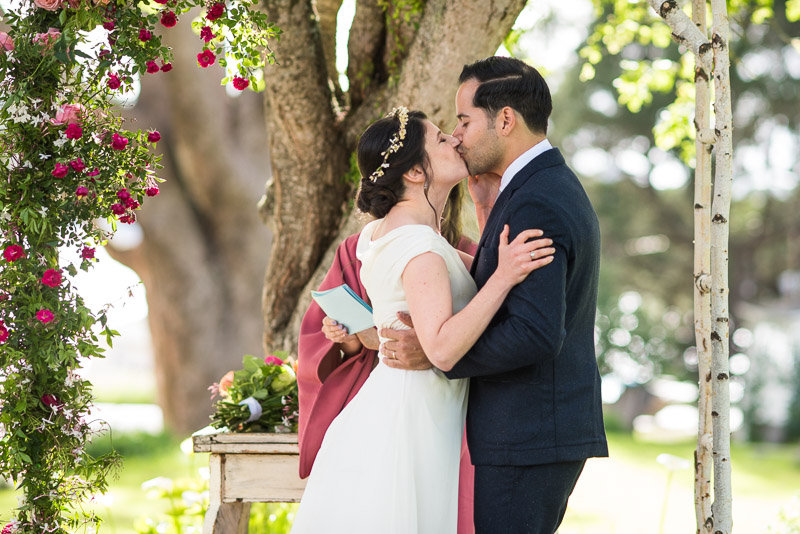 Strauss home ranch wedding kiss