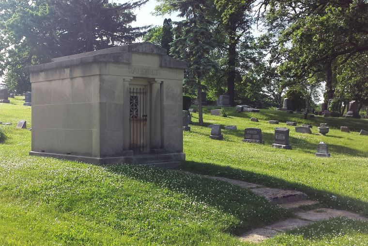 Gardiner_mausoleum