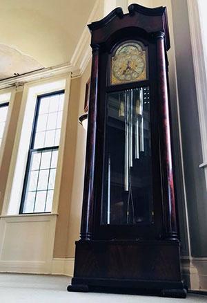100318_Voorhees-grandfather-clock-Helen