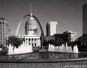 10-11-1992 St. Louis Missouri court house and Arch-Linhof Technika V-120mm Schenider Super Symmar HM lens-K2 filter-Kodak T-max 100 4x5 film-Kodak Tmax RS developer.