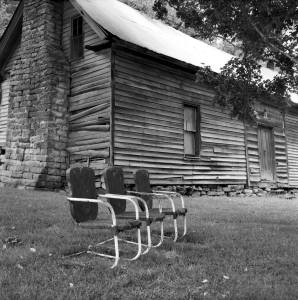8-12-1998 Near Pulaski Tennessee-Yashica EM-80mm Yashinon lens-Tmax 100 120 film-PMK Pryo developer.