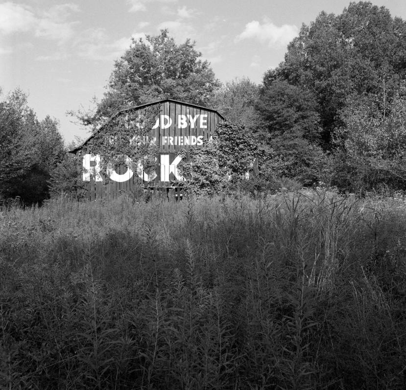 9-7-2007 Rock City Barn near Nickajack Lake Tennessee-Hasselblad camera-50mm Zeiss Distagon lens-Ilford HP5+ 120 film-PMK Pyro developer.