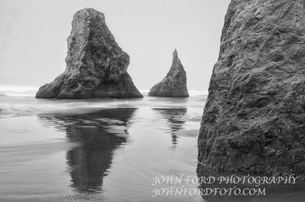 BANDON BEACH MONOLITHS, OREGON