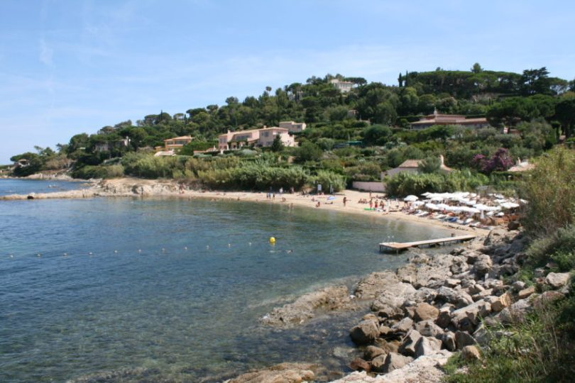 Plage des Graniers is a 15-minute walk from Saint-Tropez's bustling, crowded harbor.