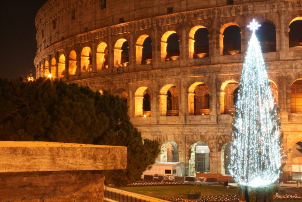 The Colosseum is always beautiful at night, but even more so at Christmas.