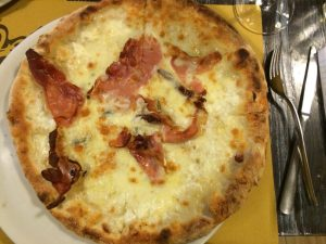The Diavalo pizza at 72 Ore.