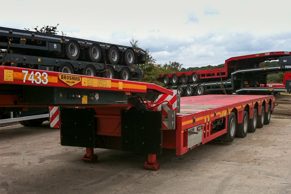 5 Axle Triple Extender with Hydraulic Steering