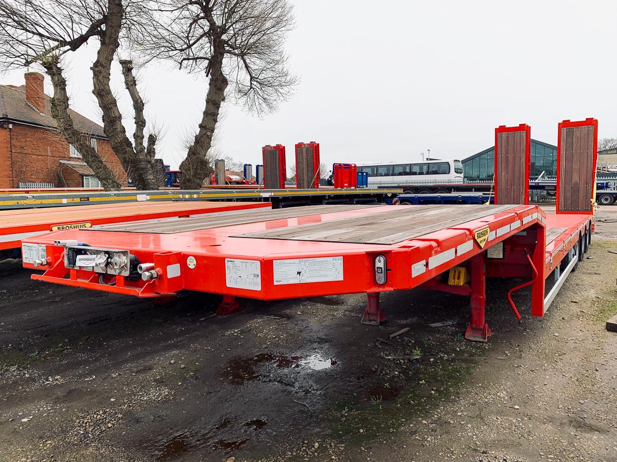 Broshuis machinery / plant trailer