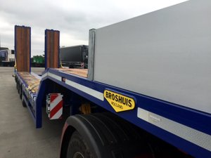 Broshuis 4 Axle Plant with Ramps