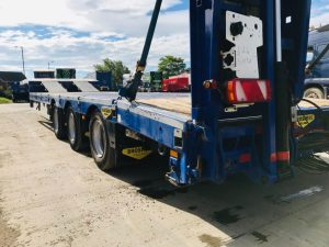 2016 Broshuis machinery plant carrier with 4m double flip toe hydraulic ramps