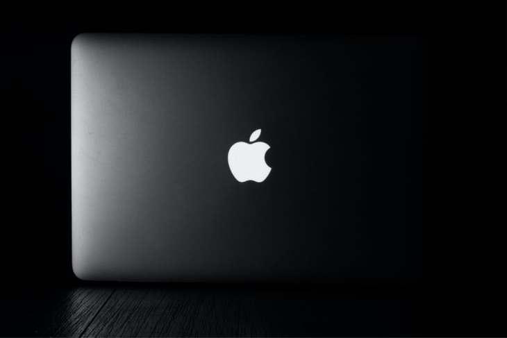 apple laptop macbook