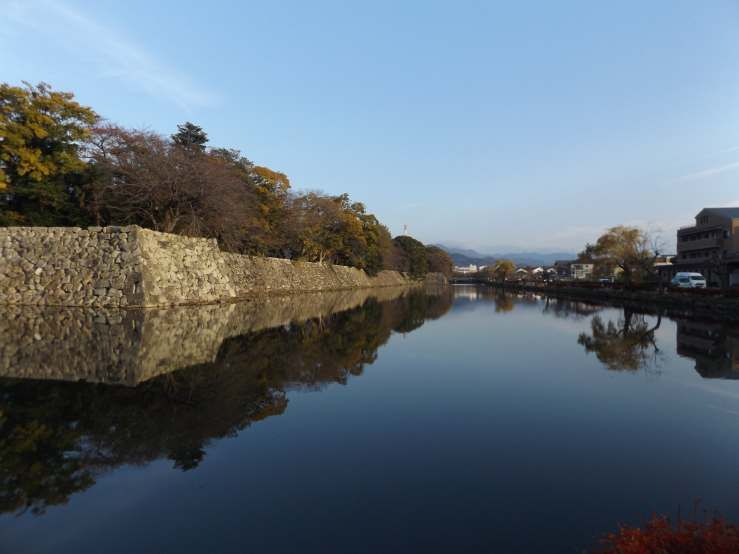 hikone moat photo