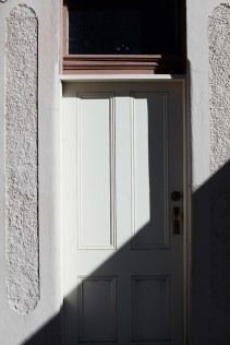 Diagional shadow