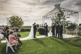 Wedding-at-the-Tuileries-Rutherglen 3