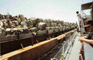 garbage barge Mobro 4000