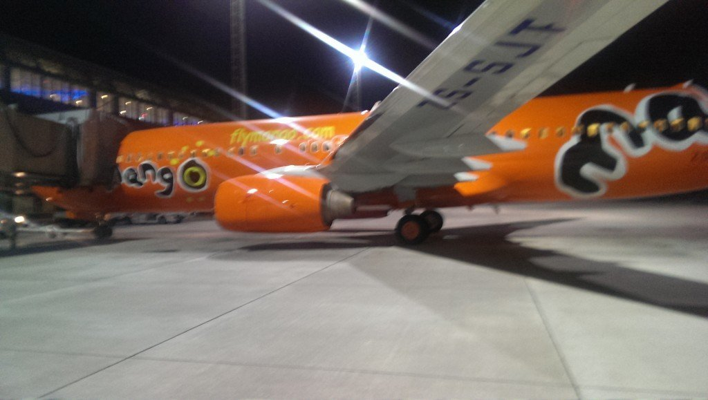 mango airlines airplane