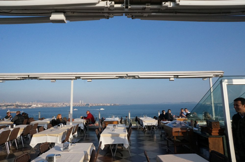 The rooftop restaurant at the Seven Hills
