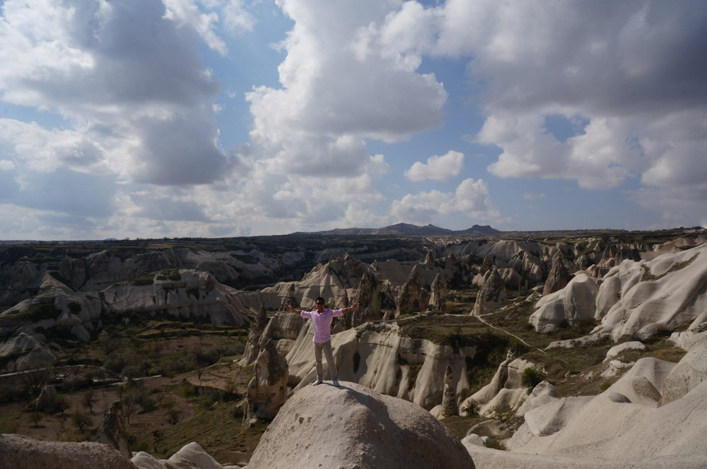 Getting a pic in at the Panoramic viewing area of Goreme.