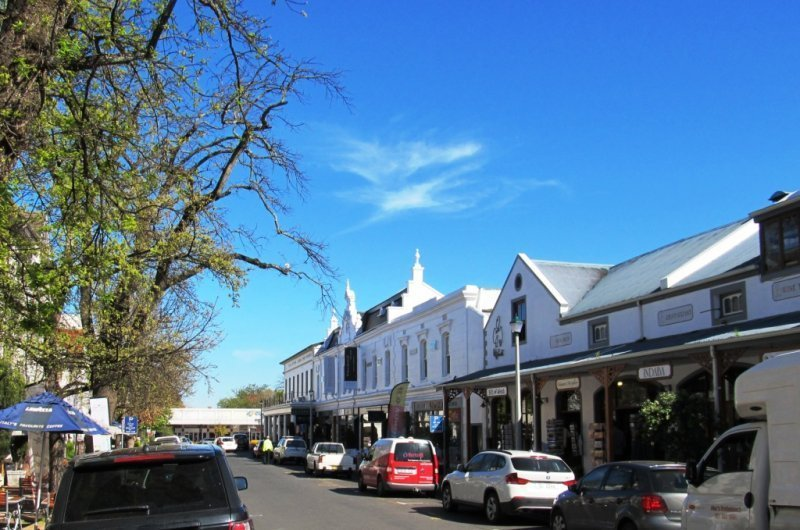 Main streets of Stellenbosch town with plenty of good restaurants and shops.