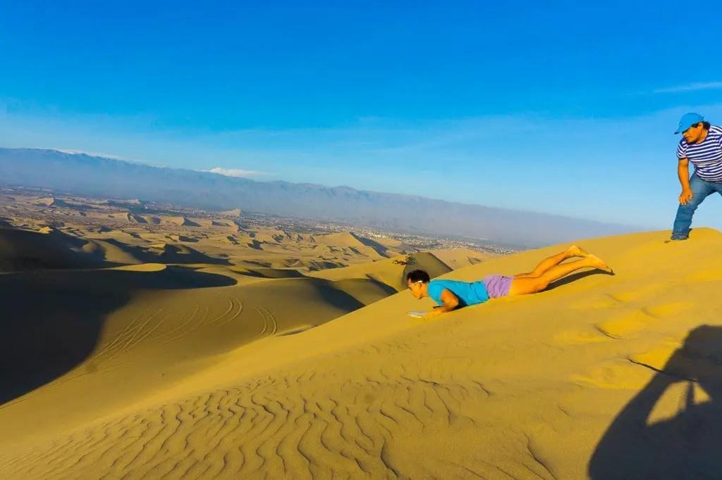 Sandboarding Huacachina