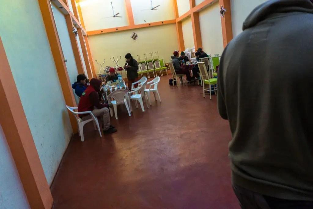 breakfast in puno bolivia hop