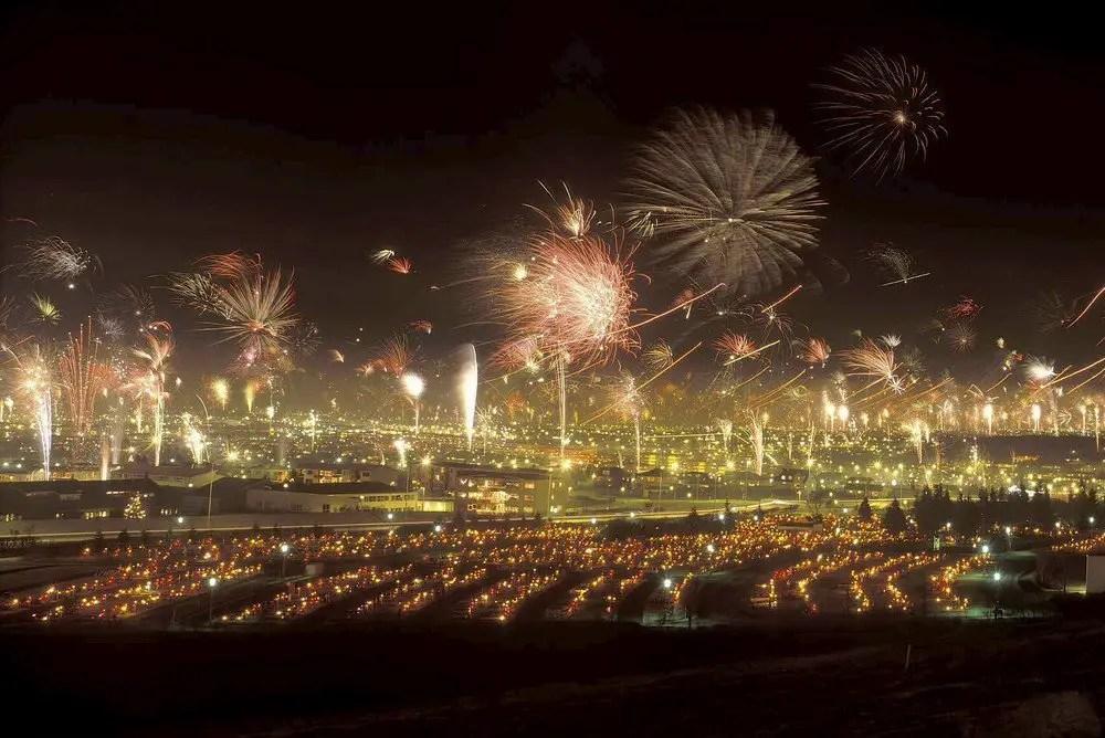 Reykjavik new years eve fireworks