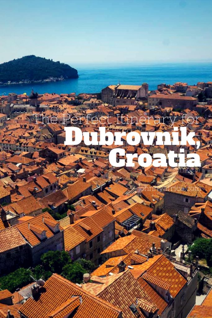 Dubrovnik, Croatia is one of Europe's most popular destinations. It's not hard to see why. With its perfectly maintained orange stecco rooftops and beautiful Adriatic sea, this is the ultimate in picturesque European towns. #dubrovnik #croatia #balkans #oldtown #gameofthrones