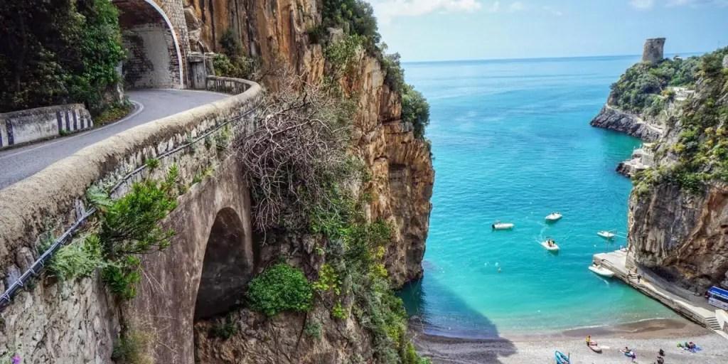 amalfi coast italy road trip
