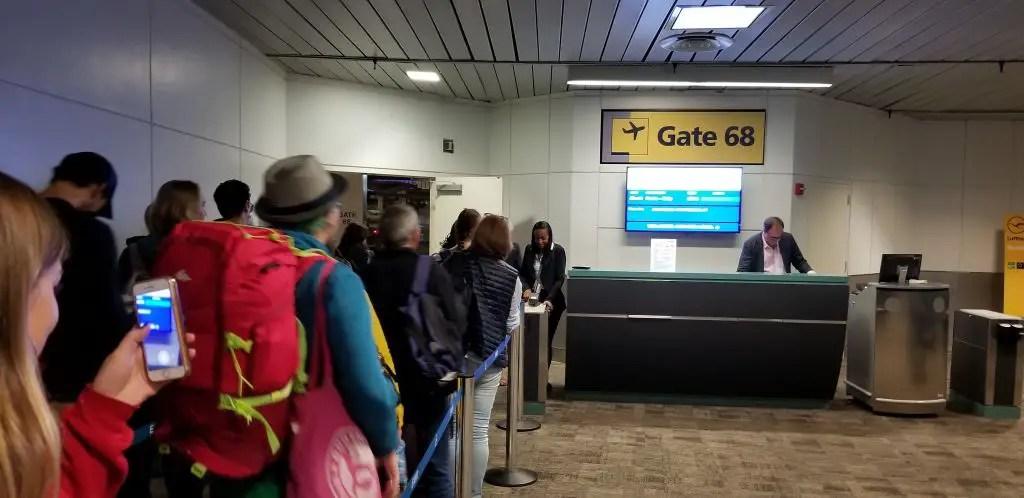 Level Airlines Terminal B Newark to Paris