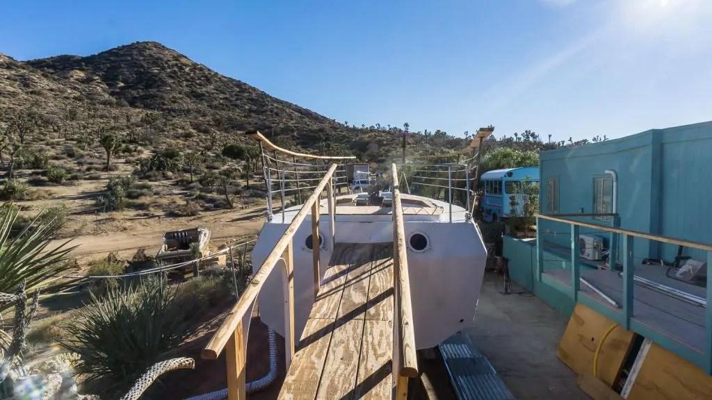 Airbnb Joshua Tree boat house