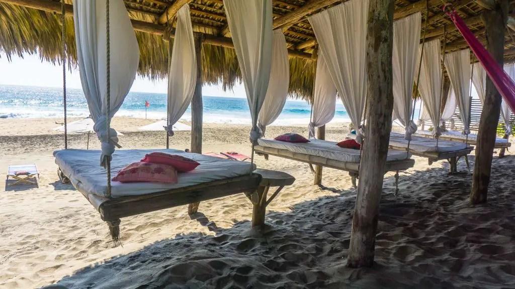 mazunte beach puerto escondido huatulco mexico