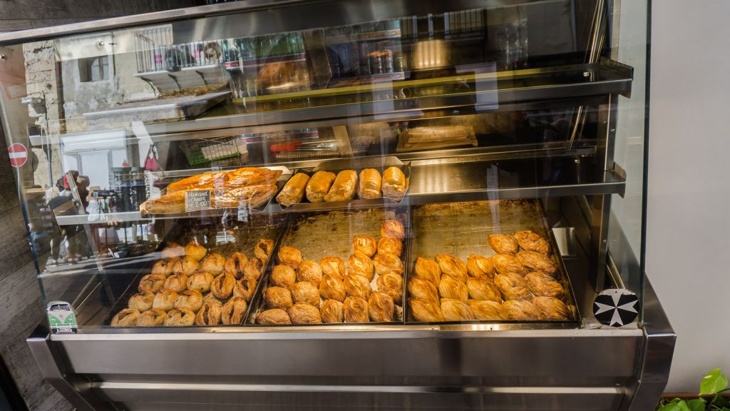 Your standard Pastizzi stand that can be found everywhere in Valletta