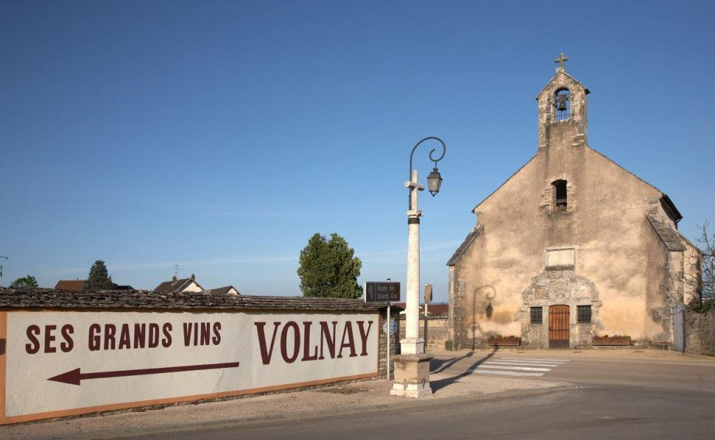 Entering the town of Volnay