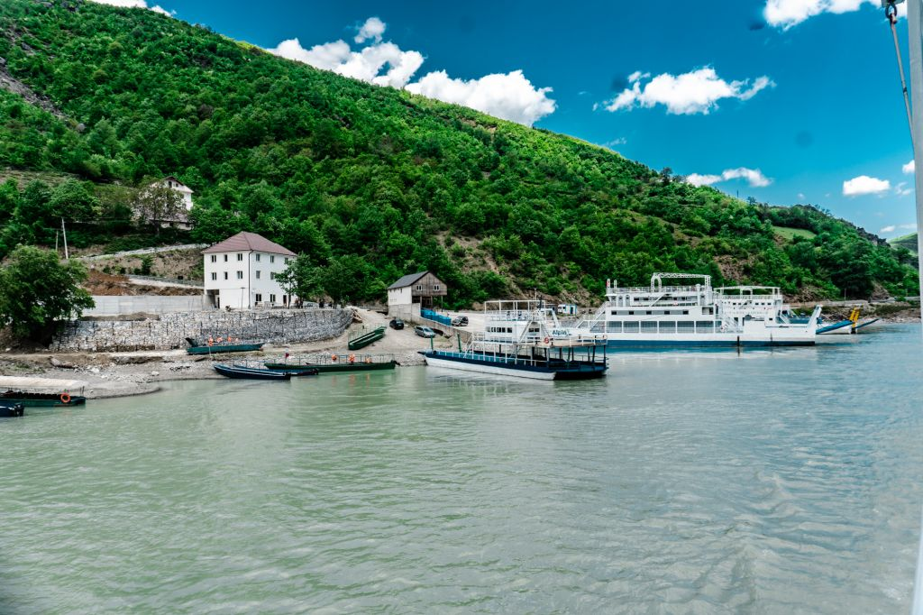 koman Lake ferry