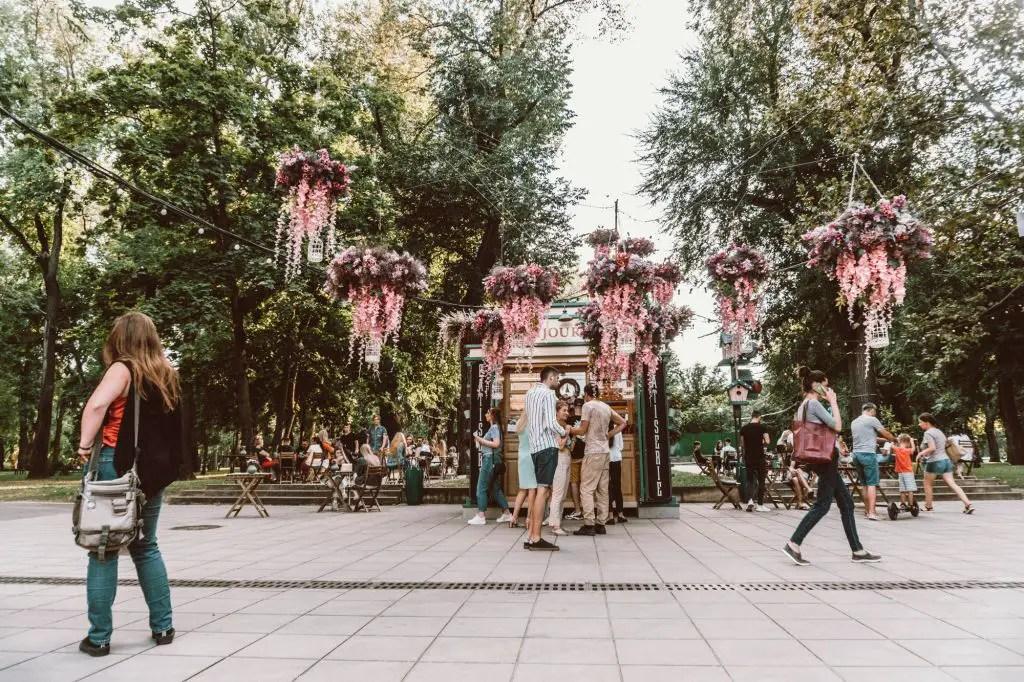 Bonjour Cafe Chisinau Cathedral Park