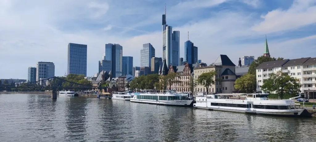Frankfurt primus ferry ride