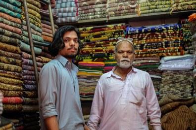 shopping-shawls-pakistan-lahore-1
