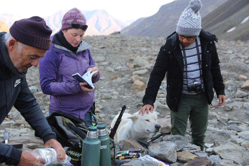 Fossil hunting Svalbard-3