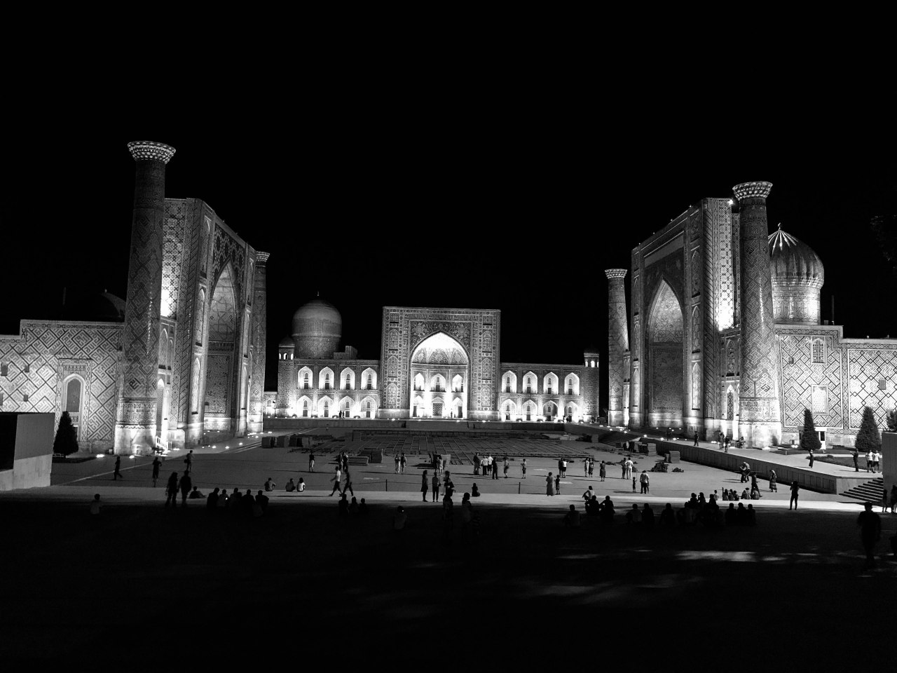 Uzbekistan 2017 Black White-17