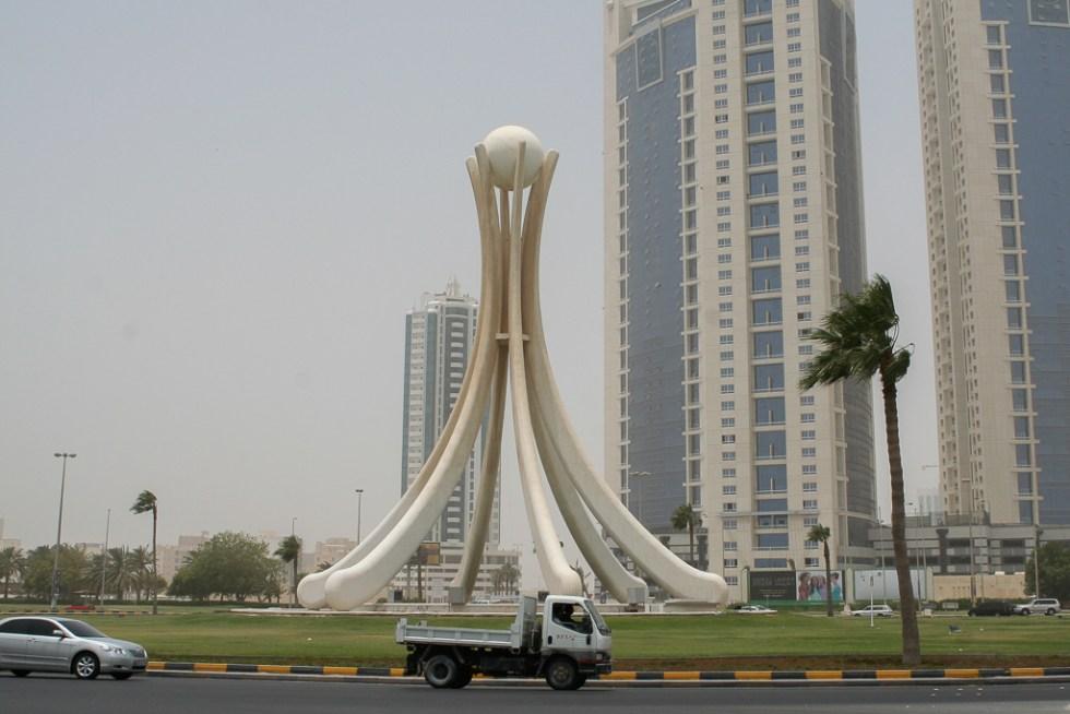 Bahrain pearl monument-3725