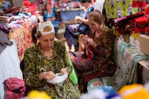 Midsommar-utomlands-bazar-Khorog-Tadzjikistan-2209