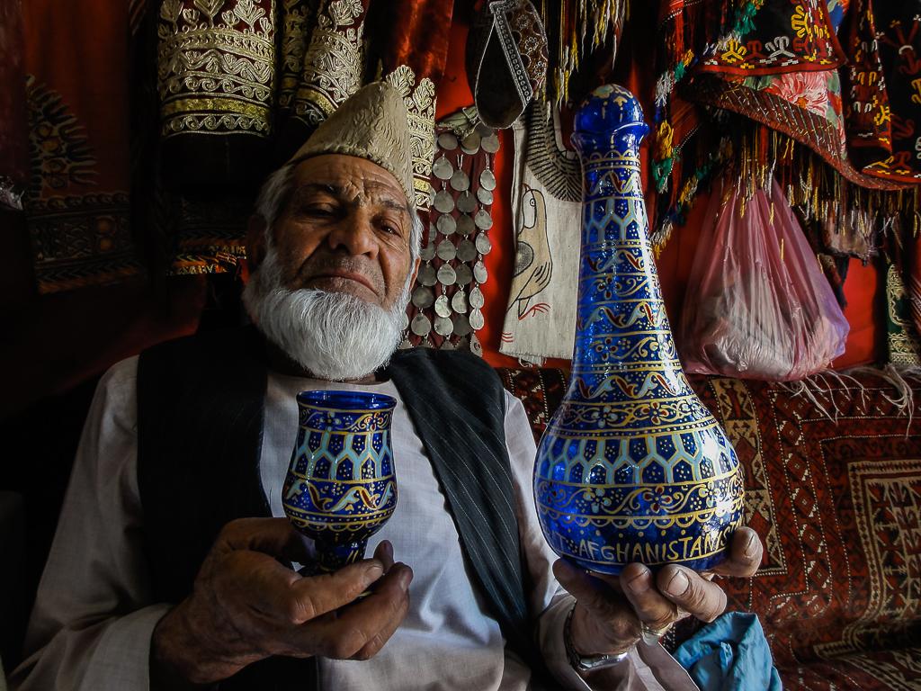 Afghanistan Herat Sultan Hamidi Glass Factory-02984