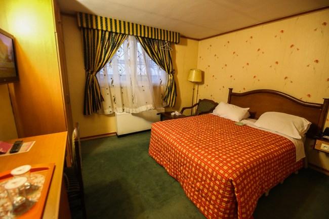 Esfahan Hotel Ali Qapu-1